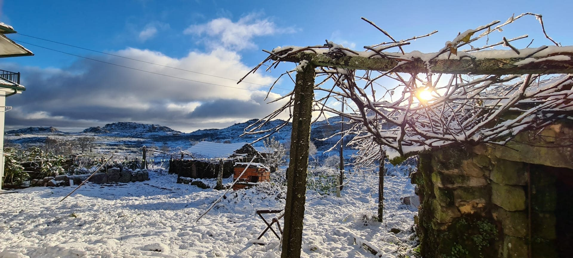Paisagem da Serra coberta de neve